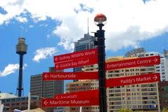 Sydney Sky Tower do parque de Tumbalong. Austrália Fotos de Stock Royalty Free