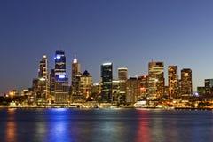 Sydney - skyline da noite Imagens de Stock