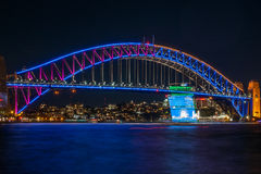 Sydney viva en el puente del puerto Fotografía de archivo