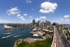 Sydney y el teatro de la ópera Fotos de archivo libres de regalías