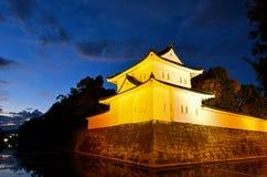 Sydostligt hörntorn och vallgrav av den Nijo slotten royaltyfri fotografi