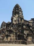 Sydostligt torn av den mystikerAngkor Wat templet royaltyfri foto