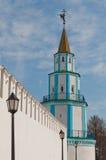 Sydostligt torn av Raifa den manliga Bogoroditssky kloster. Tatarst Fotografering för Bildbyråer