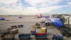 Sydvästlig flygbolagBoeing 737 flygplats Arkivfoto