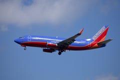 Sydvästlig flygbolagpassagerarestråle Boeing 737 Arkivfoton