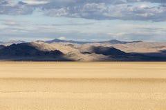 SyltZzyzx för Mojave nationell väg torr sjö royaltyfri foto