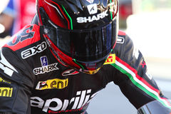 Sylvain Guintoli #50 στο εργοστάσιο Aprilia RSV4 1000 με τη συναγωνιμένος ομάδα Superbike WSBK Aprilia Στοκ Εικόνες