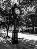 Sylvan Bros Vintage Clock vor dem Juweliergeschäft Stockfotografie