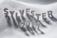Sylvester 2017 de Vooravond van Middelennieuwjaren, Witte Brieven, Sneeuw Royalty-vrije Stock Foto