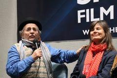 Sylvester McCoy und Sophie Aldred am Sheffield Film und am komischen Betrüger 2014 Lizenzfreies Stockfoto