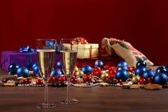 Sylvester y Aún-vida de la Navidad Imágenes de archivo libres de regalías