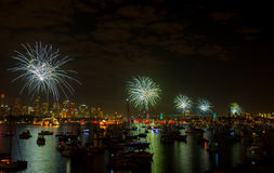 Sylvesterabend 2013 Feuerwerks-Sydneys Lizenzfreie Stockfotos