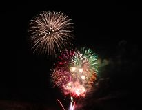Sylvesterabende Feuerwerke über Tal, Oregon stockfoto