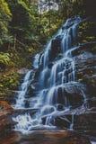 Sylvia Falls, montañas azules, Australia Foto de archivo