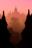 Sylwetek świątynie w Bagan Obrazy Royalty Free