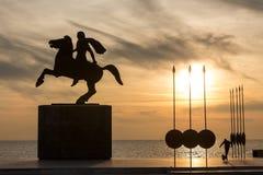 Sylwetka Aleksander Wielka statua przy wschodem słońca Thessalonik Zdjęcia Royalty Free