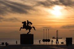 Sylwetka Aleksander Wielka statua przy wschodem słońca Thessalonik Fotografia Royalty Free