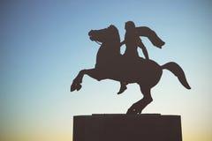 Sylwetka Aleksander Wielka statua przy zmierzchem thessaloniki Obrazy Royalty Free