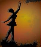 Sylwetka baletniczy tancerz na grunge tle royalty ilustracja