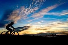 Sylwetka cyklista Obraz Royalty Free