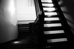 Sylwetka domowi schodki w czarny i biały obrazy royalty free
