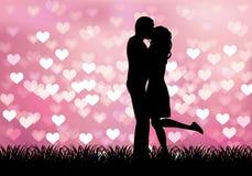 Sylwetka kobiety całowania mężczyzna na uroczym tle Obraz Stock