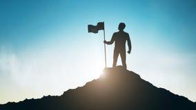 Sylwetka mężczyzna z flagą na góra wierzchołku nad niebem royalty ilustracja
