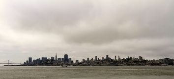 Sylwetka San Francisco na linia horyzontu obrazy stock