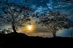 Sylwetka zmierzchu krajobrazu scena Fotografia Stock