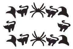 Sylwetki czarni koty, pająki i kapelusze rzeźbiący z czerń papieru odizolowywają na bielu Obraz Stock
