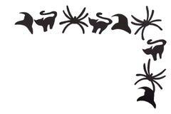 Sylwetki czarni koty, pająki i kapelusze rzeźbiący z czerń papieru odizolowywają na bielu Fotografia Stock