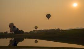 Sylwetki gorącego powietrza balon Zdjęcia Royalty Free
