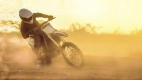 Sylwetki motocross prędkość w śladzie Obraz Royalty Free