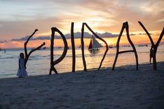 Sylwetki słowo Piątek robić? drewno na Boracay zdjęcia royalty free