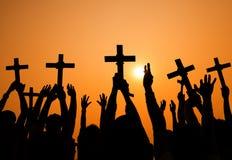 Sylwetki wiary ludzie Wierzą Przecinającego pojęcie Zdjęcia Stock