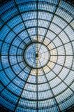 Symétrie circulaire du dôme en verre à Milan III images libres de droits