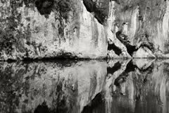 Symétrie de l'eau image stock