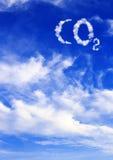 Symbol CO2 von den Wolken Lizenzfreie Stockfotos