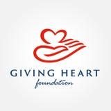Symbol des Herzens in der Hand, Zeichen, Ikone, Logoschablone Stockfotografie