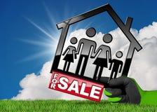 Symbol von vorbildlichen House For Sale Stockfotos