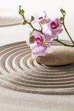 Symbol von Weiblichkeit mit reinen Blumen Lizenzfreie Stockbilder
