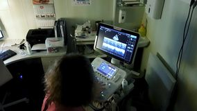 Symboldiagnosen im Gesundheitswesen Symboldiagnosen im Gesundheitswesen stock video