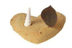 Symbole d'amour avec le sable Images libres de droits