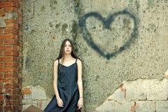 Symbole d'amour de peinture de jet Concept de célébration de vacances de jour de valentines Photographie stock