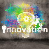 Symbole d'innovation sur le fond de mur en béton Photo stock