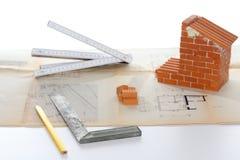 Symbole de construction avec des outils photos libres de droits