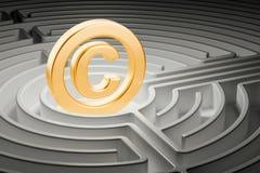 Symbole de Copyright à l'intérieur de labyrinthe de labyrinthe rendu 3d Image stock
