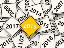 Symbole de la nouvelle année 2019 sur un panneau routier images libres de droits