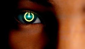 Symbole de puissance chez l'oeil de la femme illustration stock