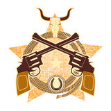 Symbole occidental avec les armes à feu et le crâne de taureau Image libre de droits